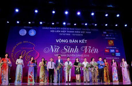 10 thi sinh mien Bac vao vong Chung ket 'Nu sinh vien Viet Nam duyen dang 2016' - Anh 8
