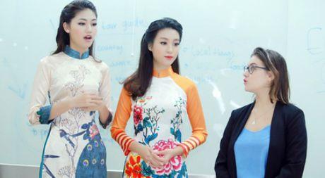 Hoa hau Do My Linh nhan hoc bong tieng Anh sau dang quang - Anh 1