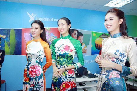 Hoa hau Do My Linh nhan hoc bong tieng Anh sau dang quang - Anh 3