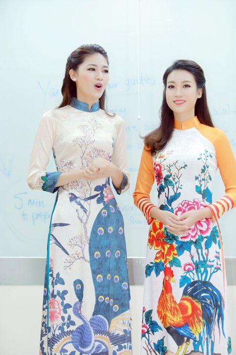 Hoa hau Do My Linh nhan hoc bong tieng Anh sau dang quang - Anh 6