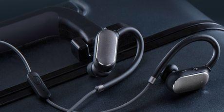 Xiaomi gioi thieu tai in-ear Mi Sport Bluetooth gia re - Anh 2