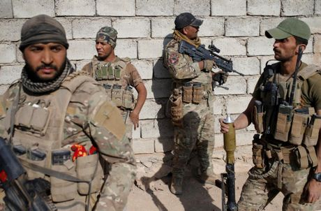 Giao tranh ac liet o tuyen dau 'chao lua' Mosul - Anh 11