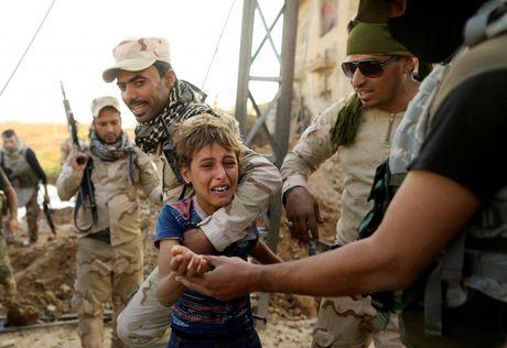 Giao tranh ac liet o tuyen dau 'chao lua' Mosul - Anh 2