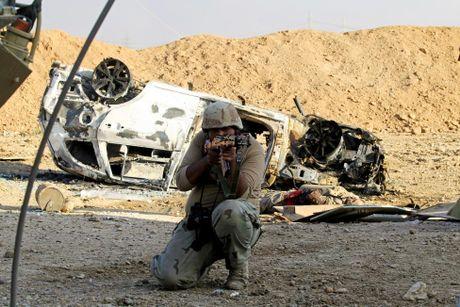 Giao tranh ac liet o tuyen dau 'chao lua' Mosul - Anh 5