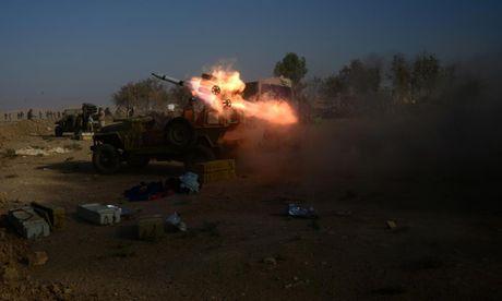 Giao tranh ac liet o tuyen dau 'chao lua' Mosul - Anh 9