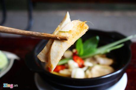 Nau mon chay trong 10 phut: Nam dui ga hap Thai - Anh 2