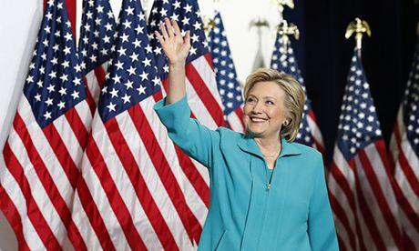 Clinton duy tri uu the mot ngay truoc bau cu - Anh 1
