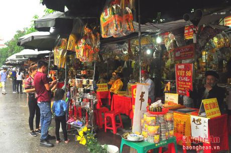 Le hoi Den ong Hoang Muoi: Diem nhan du lich van hoa tam linh - Anh 2