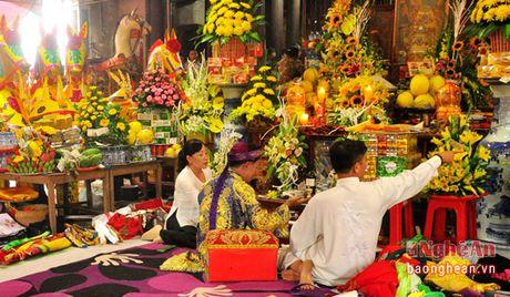 Le hoi Den ong Hoang Muoi: Diem nhan du lich van hoa tam linh - Anh 3