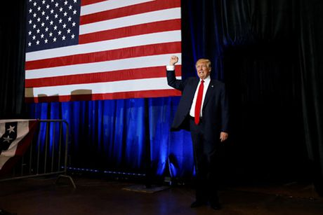 Donald Trump va chieu nuoc rut kich tinh - Anh 2