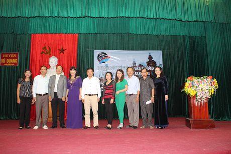 Chi Hoi Phu Nu Nguoi Viet tai Lien Bang Nga trao qua cuu tro - Anh 8