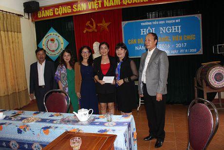 Chi Hoi Phu Nu Nguoi Viet tai Lien Bang Nga trao qua cuu tro - Anh 9