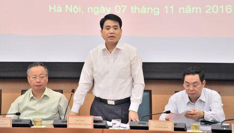 Chu tich Ha Noi Nguyen Duc Chung: Co the dung karaoke den het nam 2016 - Anh 2