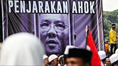 Thi truong Jakarta bi tham van voi cao buoc bang bo Hoi giao - Anh 1