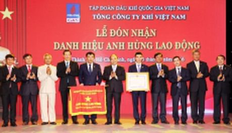 PV GAS dat danh hieu Thuong hieu quoc gia 2016 - Anh 1