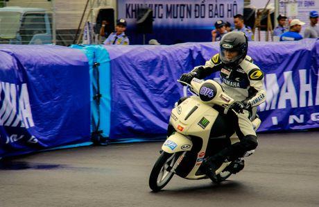Yamaha lan dau to chuc dua xe Exciter 150 - Anh 11