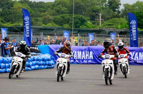 Yamaha lan dau to chuc dua xe Exciter 150 - Anh 12