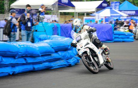 Yamaha lan dau to chuc dua xe Exciter 150 - Anh 13