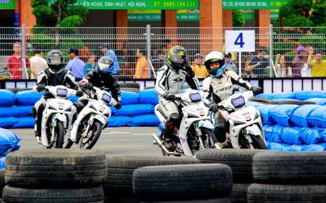 Yamaha lan dau to chuc dua xe Exciter 150 - Anh 5