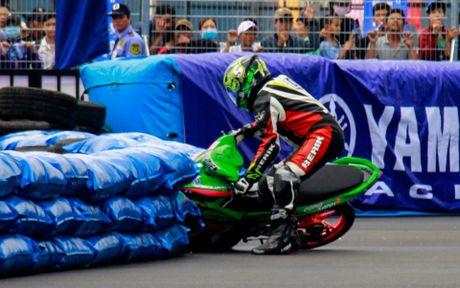 Yamaha lan dau to chuc dua xe Exciter 150 - Anh 8