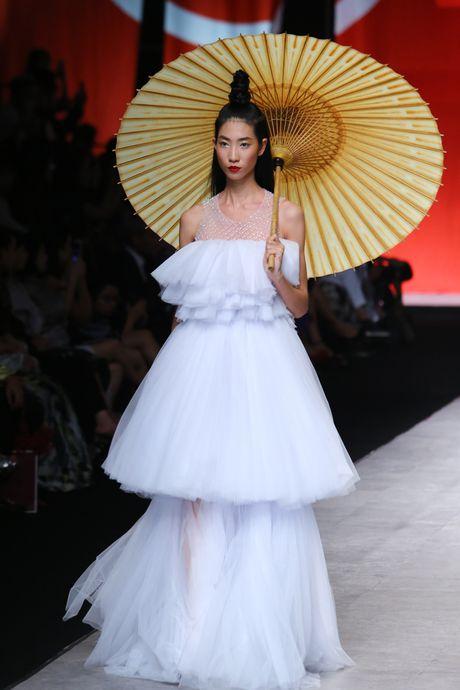 Thu Hang, Nam Em hoa co gai Nhat - Anh 7