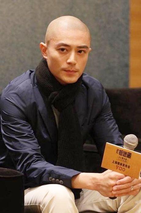 Chong Lam Tam Nhu bi che cuoi khong giong dan ong - Anh 1