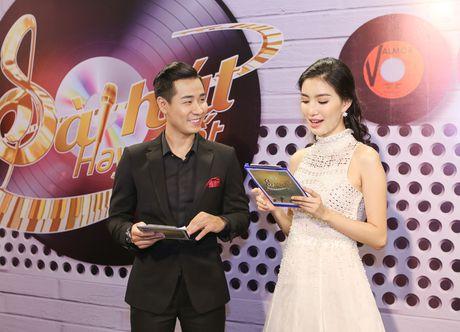 MC Nguyen Khang tu lai xe hop den quay hinh Sing My Song - Anh 6