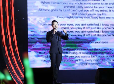 MC Nguyen Khang tu lai xe hop den quay hinh Sing My Song - Anh 8