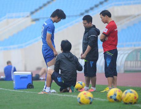 Tuyen thu Indonesia dua cot voi fan nu Viet Nam - Anh 4