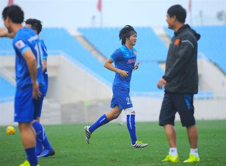 Tuyen thu Indonesia dua cot voi fan nu Viet Nam - Anh 5