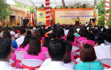 Quang Binh: Ky niem 10 nam thanh lap BVDK Dong Hoi - Anh 1