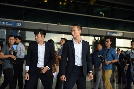 He lo loat canh phim hanh dong dau tien cua Thai Hoa - Anh 3
