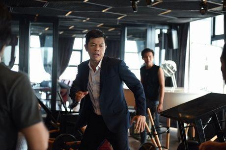 He lo loat canh phim hanh dong dau tien cua Thai Hoa - Anh 6