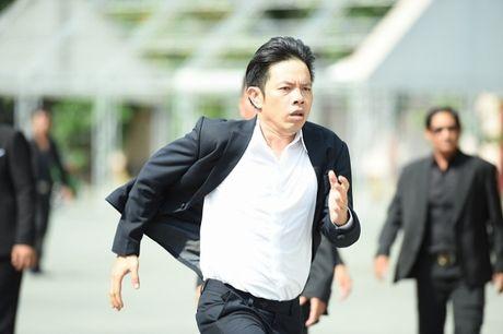 He lo loat canh phim hanh dong dau tien cua Thai Hoa - Anh 7