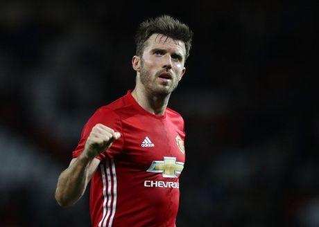 Man United thay doi nhu the nao tu khi Sir Alex Ferguson nghi huu? - Anh 2