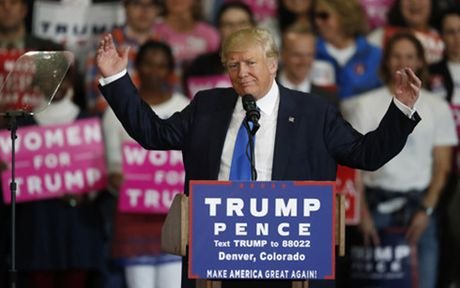 Bau cu My: Khac biet trong chien thuat cua ong Trump va ba Clinton - Anh 1