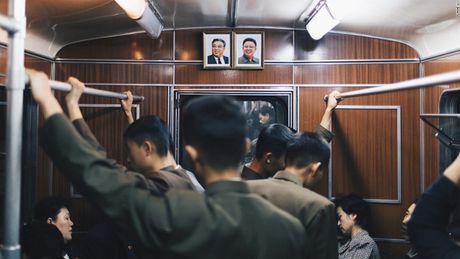 Loat anh ga tau dien ngam sau nhat the gioi o Binh Nhuong - Anh 12