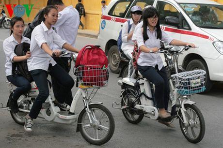 Phat dong cuoc thi 'Giao thong hoc duong' toan quoc lan thu 2 - Anh 1