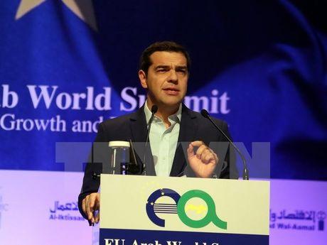 Uy tin cua Thu tuong Hy Lap Alexis Tsipras sut giam manh - Anh 1