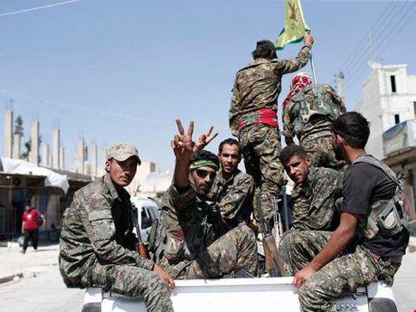 Tho Nhi Ky doi trao lai Raqqa - Anh 1