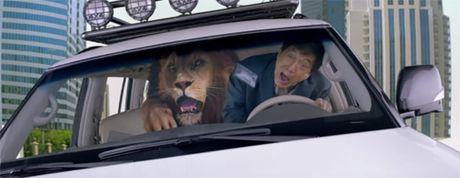 E kip phim Thanh Long pha nat sieu xe cua hoang tu Dubai - Anh 7