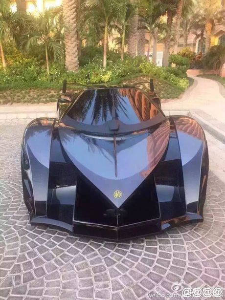 E kip phim Thanh Long pha nat sieu xe cua hoang tu Dubai - Anh 8