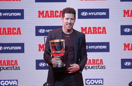 Nguoi Madrid rang ro thau tom cac danh hieu cao quy La Liga 2015/16 - Anh 7