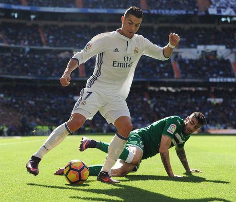 5 dieu rut ra sau thuong vu gia han hop dong cua Ronaldo - Anh 3