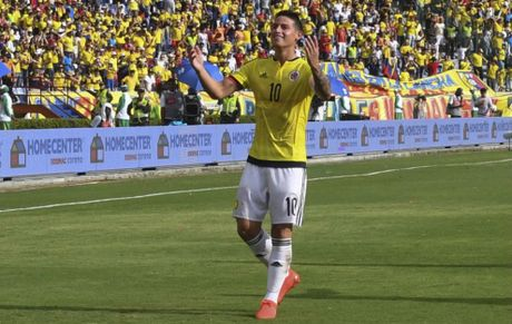 James Rodriguez truoc co hoi 'reset' trong mau ao Colombia - Anh 1