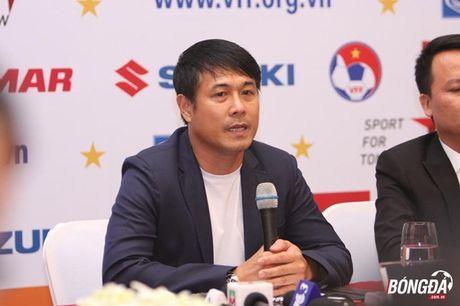 HLV Huu Thang: 'Toi khong trach sai lam cua Xuan Truong' - Anh 1