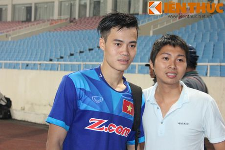 Fan bao vay Cong Phuong va dan sao DTQG Viet Nam - Anh 4