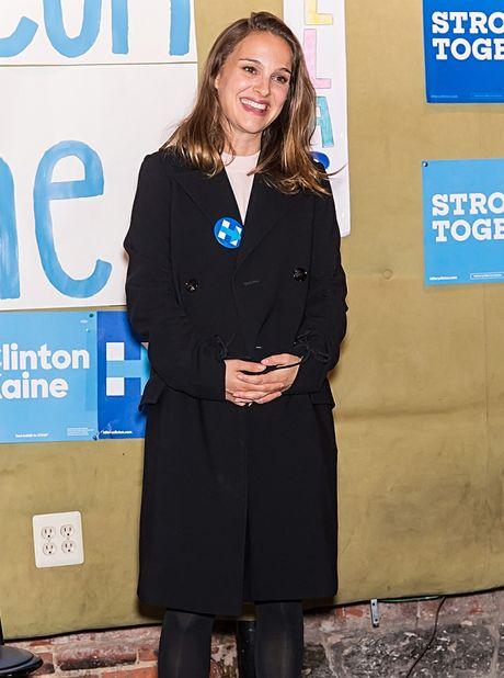 Muon van cach ung ho ba Hillary Clinton cua sao Hollywood - Anh 12