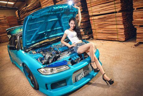 'Bong mat' voi mau A dang chuan ben xe do Nissan Silvia - Anh 9