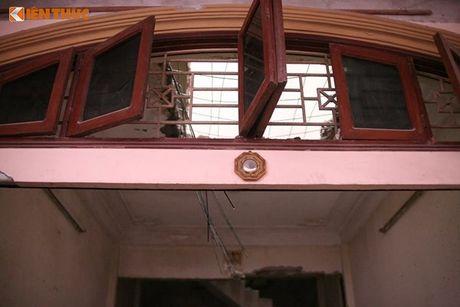 Ha Noi: Pha do nha 4 tang nghieng nhu thap Pisa - Anh 2